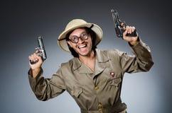 Cazador divertido del safari Imagenes de archivo