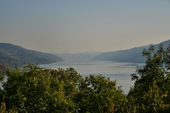 Cazanele桃莉entrace的多瑙河  库存照片