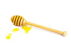 Cazo de la miel y fragante en un cuenco Fotos de archivo libres de regalías