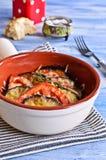 Cazuela de la berenjena y del tomate con queso Foto de archivo libre de regalías