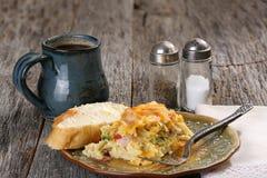 Cazuela del desayuno con café Fotografía de archivo