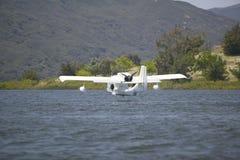 CB Amphibious seaplane landing on Lake Casitas, Ojai, California Stock Photo
