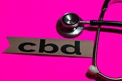 CBD sulla carta della stampa con il concetto di assistenza sanitaria statale immagini stock libere da diritti