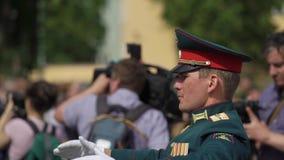 CC$PETERSBURG ROSJA, CZERWIEC, - 20, 2019: Rosyjscy wojsko żołnierze zbiory wideo