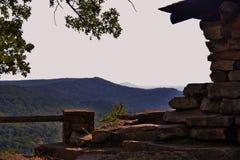 Cccen förbiser i Petit Jean State Park Arkansas arkivfoton