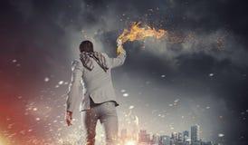 Cóctel molotov que lanza del hombre de negocios Técnicas mixtas Imágenes de archivo libres de regalías