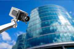 CCTV在办公楼的安全监控相机显示器 免版税库存图片