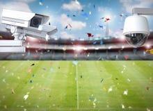 Cctv照相机或安全监控相机在体育场背景 库存照片
