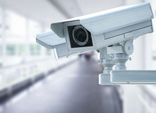 Cctv照相机或安全监控相机在走廊背景 库存图片
