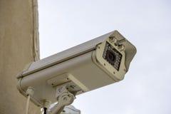 Cctv-Überwachungskamera an der Piazza Stockbild