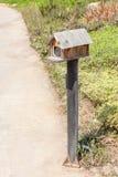 CCTV камеры слежения в модели амбара малой страны около входа s Стоковые Фотографии RF