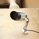 CCTV камеры слежения на стене Стоковая Фотография