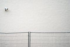 CCTV камеры слежения на стене Стоковое Изображение RF