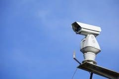 CCTV с голубым небом стоковые фотографии rf