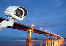 CCTV eller säkerhetskamera som övervakar Thailand, Savannakhet Laos Royaltyfri Foto