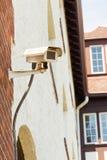 Cctv-kamera, säkerhetskamera på en vägg Royaltyfria Foton