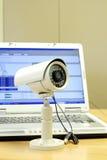 Cctv-Kamera und Computer Lizenzfreies Stockbild