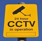 Cctv-varning undertecknar Arkivbilder