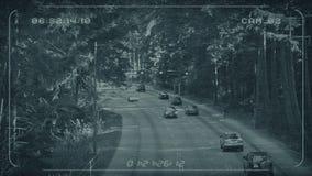Cctv-Zufuhr der Landstraße durch Wald stock footage