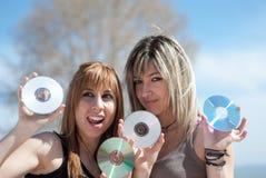 Cd的和dvd的有很多好音乐和数据 免版税库存图片