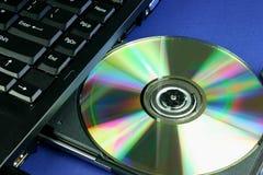CD的膝上型计算机盘 库存图片