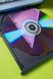 CD的膝上型计算机 库存图片