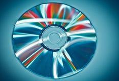 CD σε ένα μπλε υπόβαθρο Στοκ εικόνες με δικαίωμα ελεύθερης χρήσης