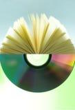 CD e documento Fotografie Stock Libere da Diritti