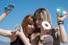 CD e dvd pieni di buoni musica e dati Fotografia Stock