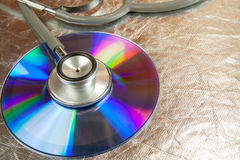 CD e stetoscopio del disco Immagini Stock Libere da Diritti