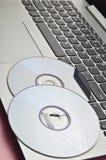 cd na laptopie nowożytne technologie Fotografia Stock