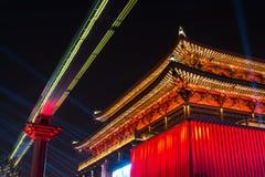 Ce de festival de ville lumineux par architecture chinoise antique de temple Photographie stock libre de droits