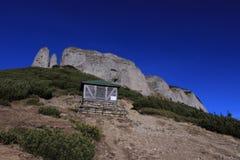 Ceahlau berg, Rumänien Arkivbilder