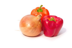 Cebola e pimentas de sino imagens de stock