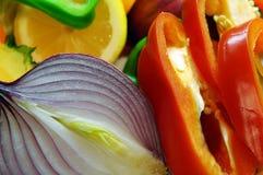 Cebolas e limões das pimentas Foto de Stock