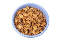 Cebollas fritas en tazón de fuente Imagen de archivo