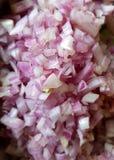 Cebollas tajadas y cortadas en cuadritos Fotografía de archivo libre de regalías