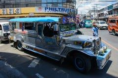Cebu, Filippijnen - Maart 14, 2016: Nationaal Vervoer van de Filippijnen - Jeepney Royalty-vrije Stock Fotografie