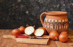 Cebule i akcesoria dla kulinarnego jedzenia Obraz Royalty Free