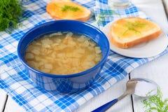 Cebulkowe zupne czarownica sera grzanki Fotografia Stock