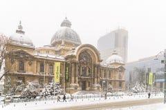 CEC Bank Casa de Economii-Si Consemnatiuni tijdens het Onweer van de de Wintersneeuw Royalty-vrije Stock Fotografie
