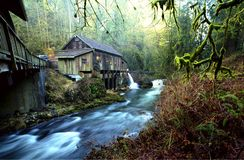 Cedar Creek Grist Mill Royaltyfri Bild