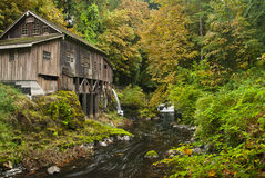 Cedar Creek Grist Mill. Built in 1876 in fall colors Royalty Free Stock Photos