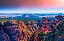 Cedar Mountain na opinião do deserto, Grand Canyon, o Arizona Fotografia de Stock Royalty Free
