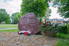 Cedry Wielkie, Polen - Juni 17, 2017: Monument om gevangenissen van Stuthoff te onthouden die tijdens Dood Maart in 24 en 25 janu Royalty-vrije Stock Foto
