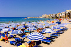 Cefalùstrand, Sicilië Stock Afbeelding