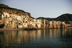 Cefalu Photos stock