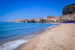 Cefalu Sicily, Italien arkivbilder