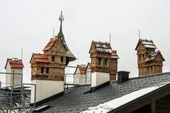Cegła domy na kominach, dekoracja kominy zdjęcia royalty free