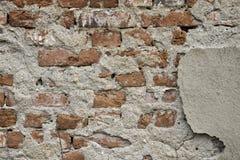 Cegły w ścianie stary rujnujący budynek Zdjęcie Royalty Free